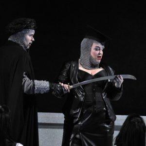 Rinaldo (Handel) Karina Gauvin (Armida) Joshua Hopkins (Argante) Glyndebourne Opera Photographer credit: Robbie Jack