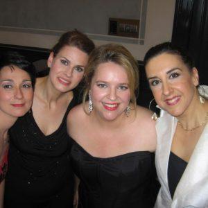 Juditha Triumphans au Concertgebouw, Amsterdam, (gauche à droite) Marina Comparato, Romina Basso, moi, Mary Ellen Nesi, mai 2009